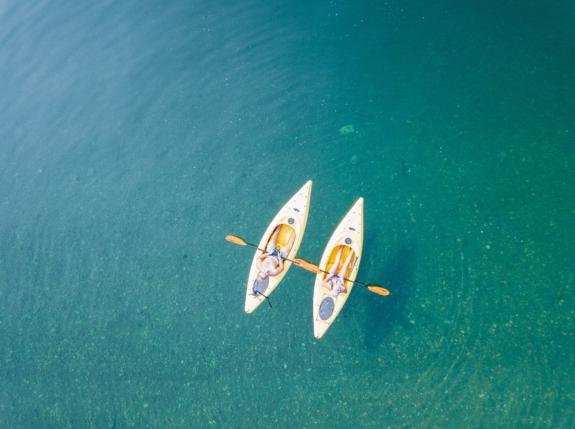 Sea kayaking to Turtle Island